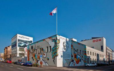 DOX: Umjetnički centar u industrijskom zdanju