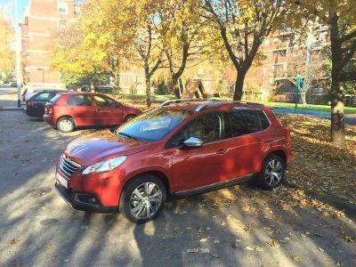 Peugeotov crossover ispred jarunskog Jazza