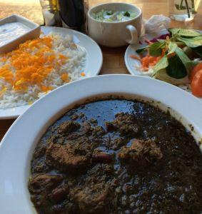 Iranska verzija gulaša s rižom