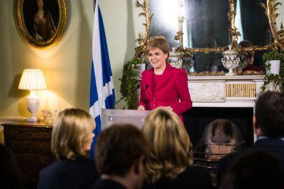 Nicole Sturgeon učinit će sve da Škoti referendumom izbore neovisnost